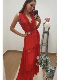 Vestido rojo largo encaje // cinturon flores