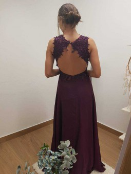 Vestido escote flores pico