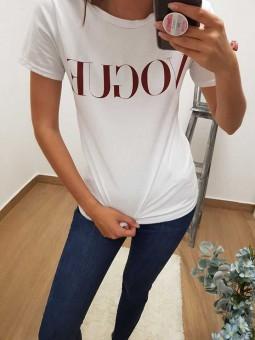 Camiseta Vogue roja
