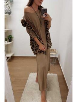 Vestido tono tierra // chaleco leopardo capucha