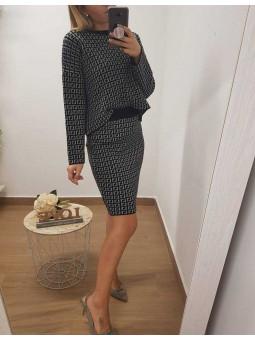 Conjunto dos piezas falda y suéter gris y negro