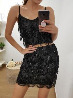 Conjunto negro top y falda...