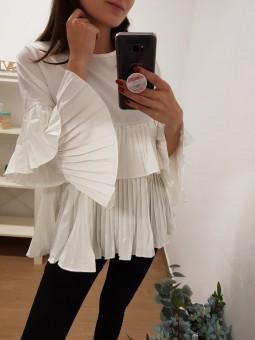 Blusa blanca plisada