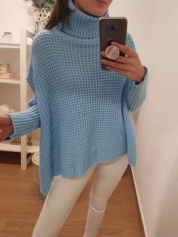 Suéter poncho azul celeste