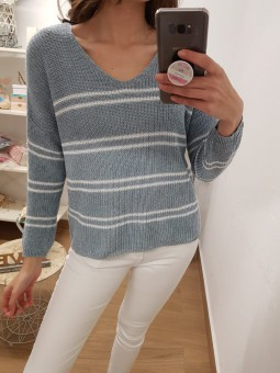 Suéter rayas dobles blancas