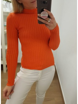Suéter naranja flúor canalé...