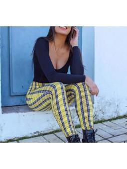 Pantalón amarillo cuadros