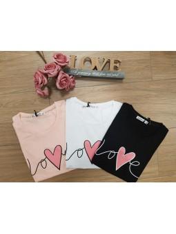 Camiseta love corazón