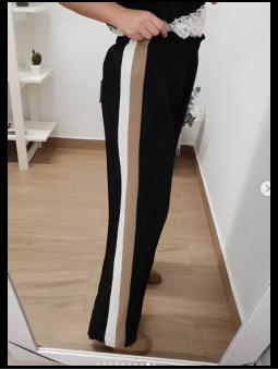 Pantalón negro plisado franjas