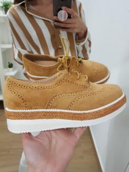 Zapatos cordones camel