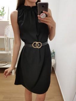 Vestido negro cuello...