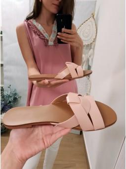 Sandalia plana cruzada rosa