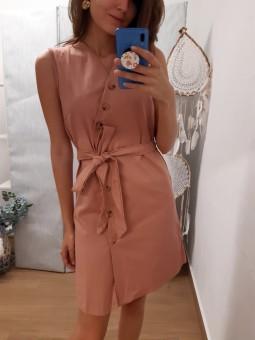 Vestido rosa maquillaje...