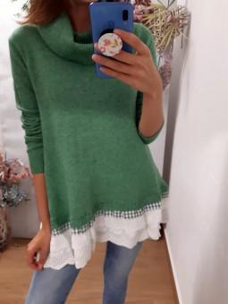 Suéter verde ancho faldón...