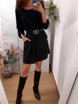 Vestido corto color negro...