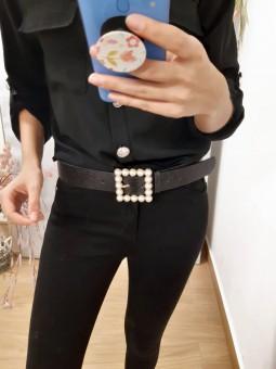 Cinturón negro hebilla perlas