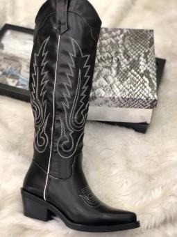 Bota cowboy negra pespuntes