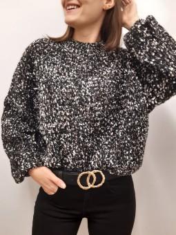 Suéter negro suave jaspeado