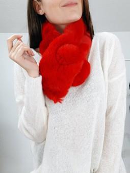 Cuello pelito rojo pompón