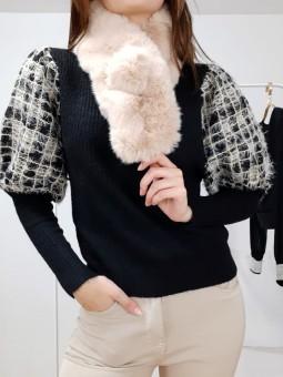 Suéter punto negro mangas...