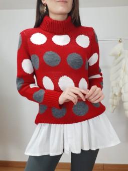 Suéter granate lunares...
