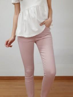 Pantalón vaquero rosa claro...
