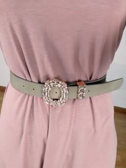Cinturón beige hebilla...