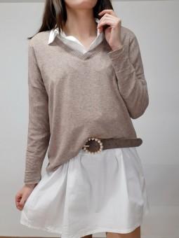 Suéter marrón punto fino...