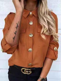 Camisa camel botones estilo...