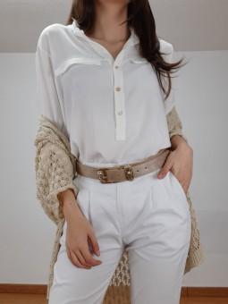 Blusa blanca manga fruncida...