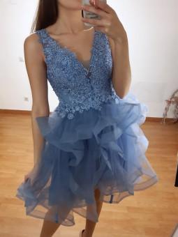 Vestido corto azul escote...