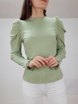Suéter canalé verde pastel...