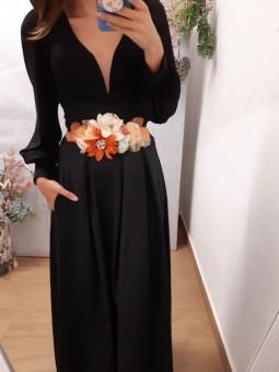 Falda larga de pinzas negra...