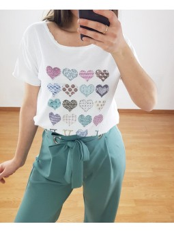 Camiseta corazones...