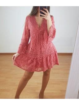 Vestido coral encaje escote...