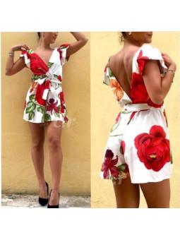 Mono blanco flores rojas...