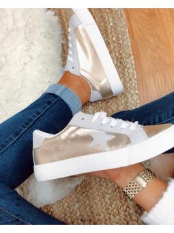 Zapatillas doradas estrella...