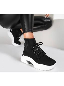 Zapatilla negro tipo...