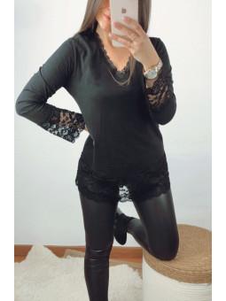Camiseta lencera negra...