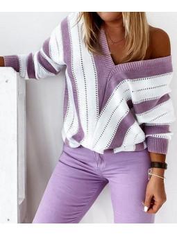 Suéter franjas morado y...