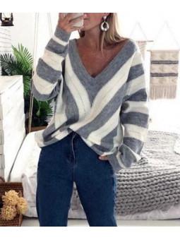 Suéter franjas gris y...