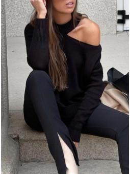 Suéter negro desigual manga...