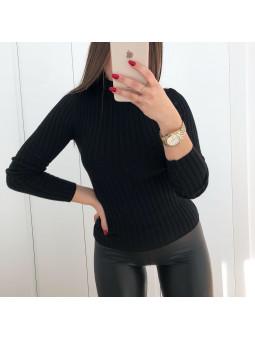 Suéter negro canalé cuello...