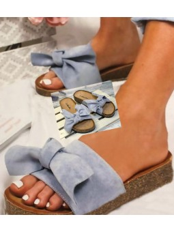 Sandalia azul lazada ante