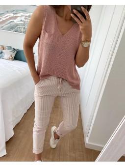 Pantalón rosa claro rayitas...