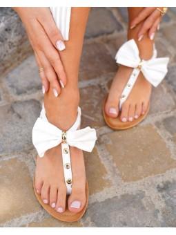 Sandalia blanca lazo...