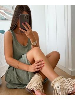 Sandalias beige flecos...