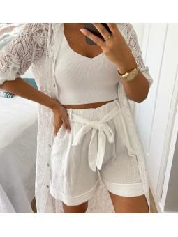Pantalón corto blanco...