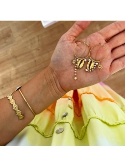 Pendientes dorados conchitas