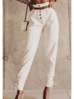 Pantalón blanco talle alto...
